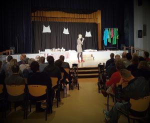 Theater A la Carte Abrona discussie